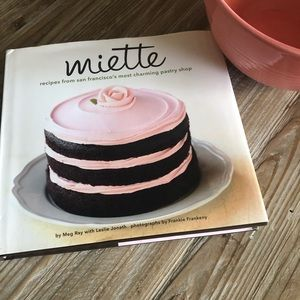 Miette cookbook specializing in pastries